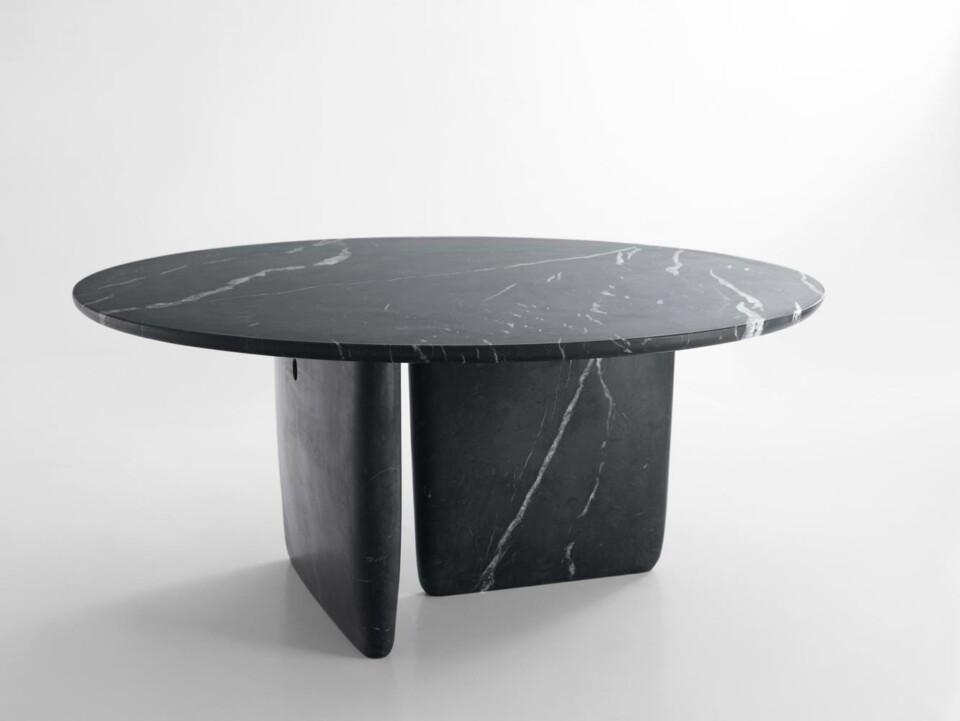 B&B Italia Tobi-Ishi ruokapöytä Marquinia marmori