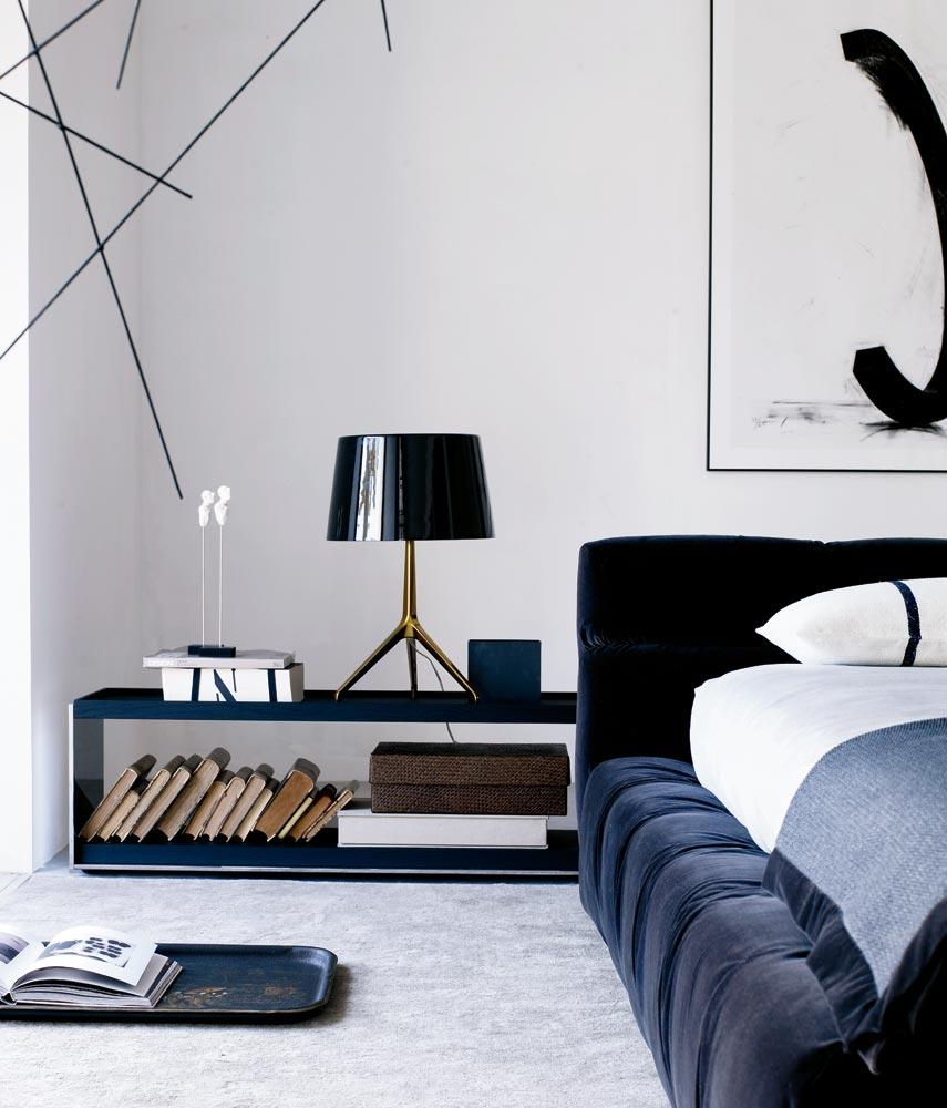 B&B Italia Tufty-Bed sänky sininen