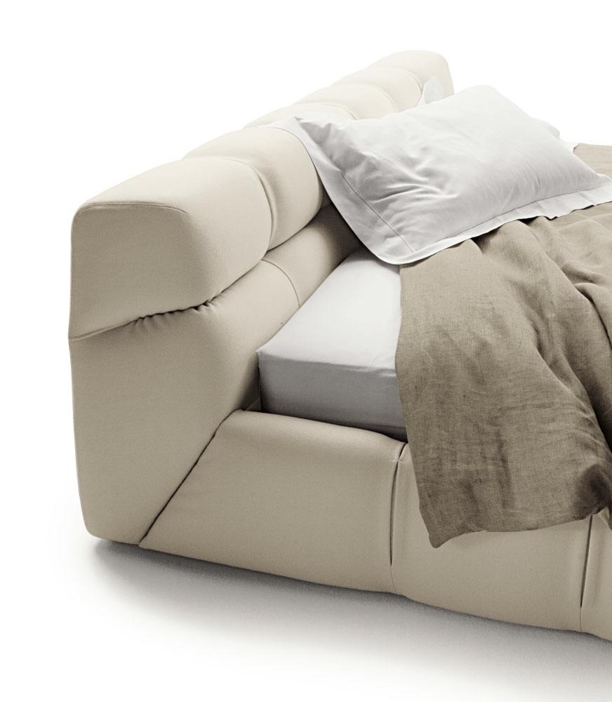 B&B Italia Tufty-Bed sänky tikkaukset