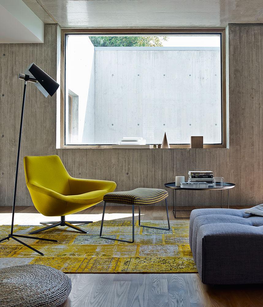 B&B Italia Metropolitan 14 nojatuoli ja kelkkajalka-rahi keltainen