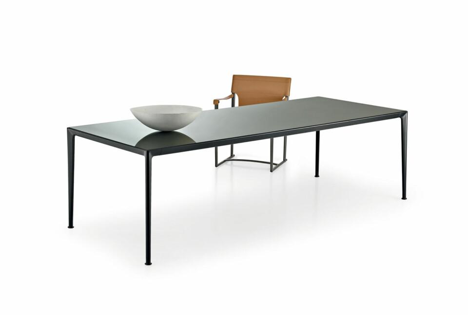 B&B Italia Mirto Indoor pöytä