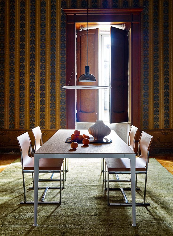 B&B Italia Mirto Indoor pöytä ruokahuone