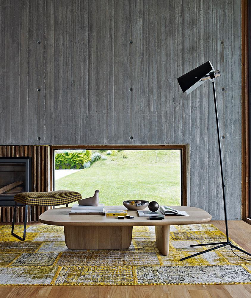 B&B Italia Tobi-Ishi sohvapöytä vaalea tammi olohuone