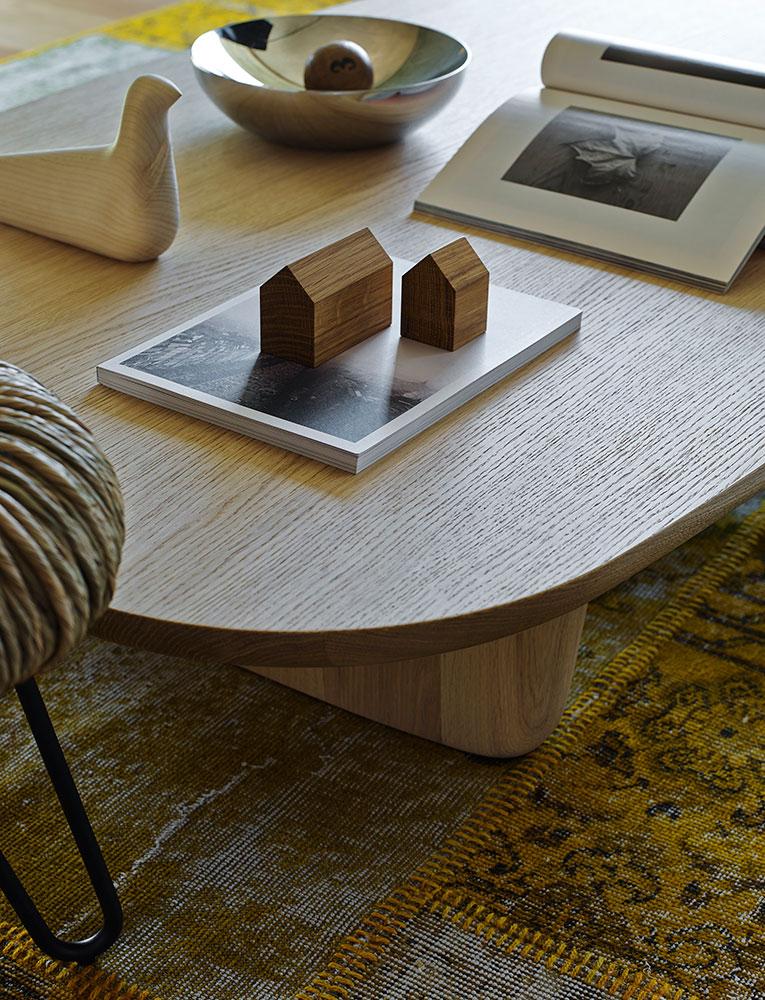 B&B Italia Tobi-Ishi sohvapöytä vaalea tammi