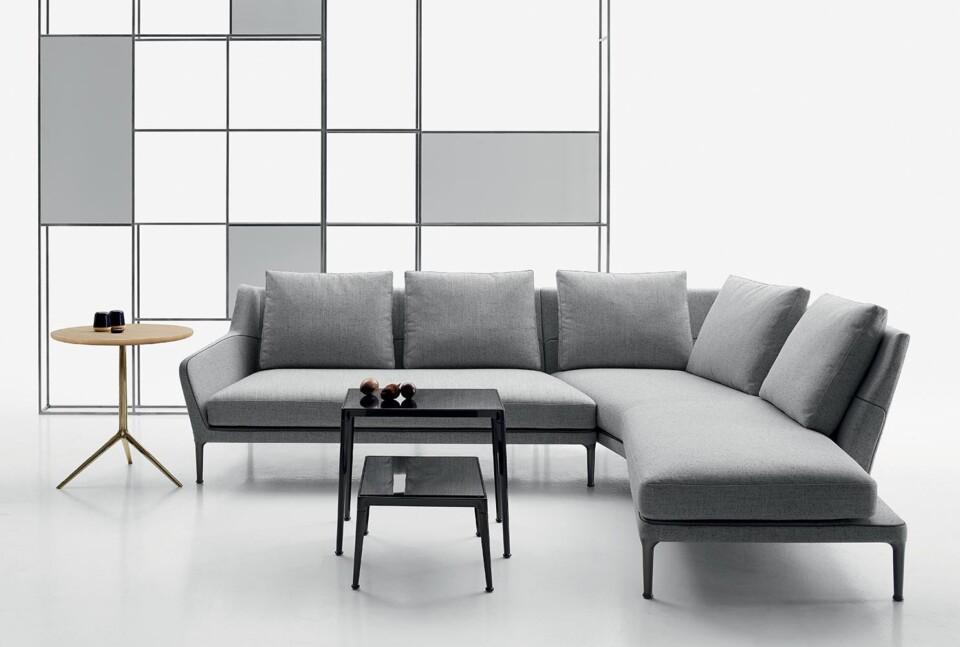 B&B Italia Cozy pöytä ja Édouard sohva 3