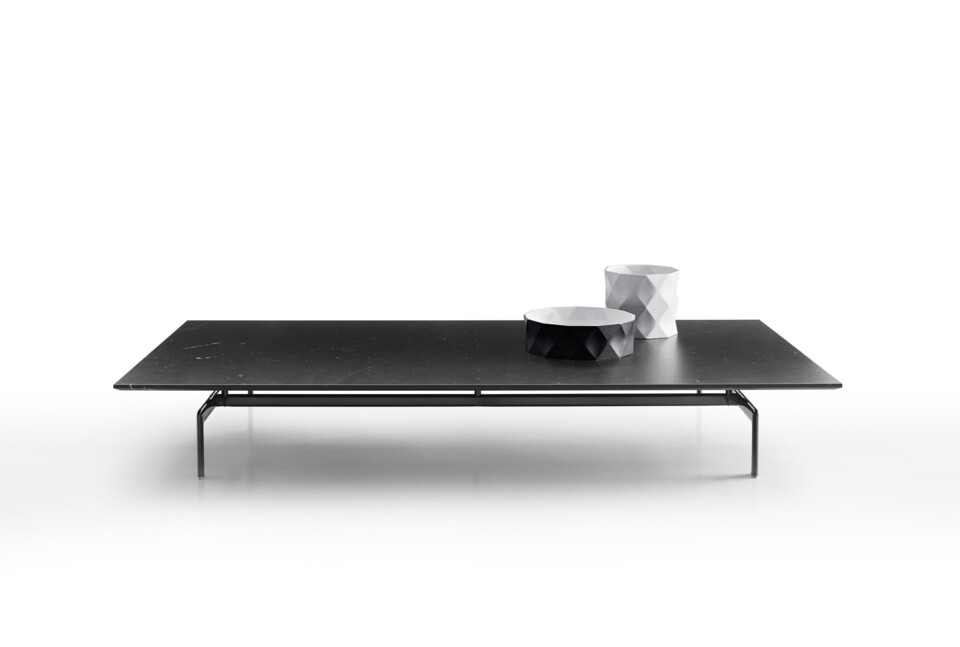 B&B Italia Diesis sohvapöytä musta kromijalka 190 cm