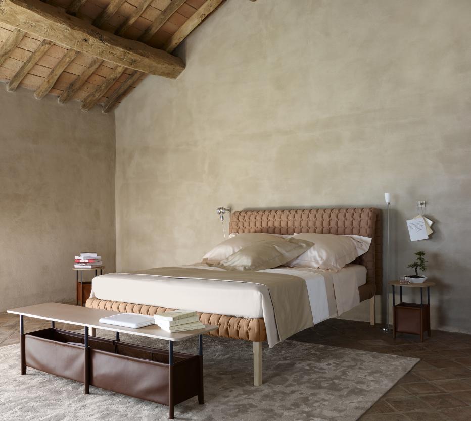 Ligne Roset Ruche sänky ja yöppöytä, Tonalités-vuodevaateet