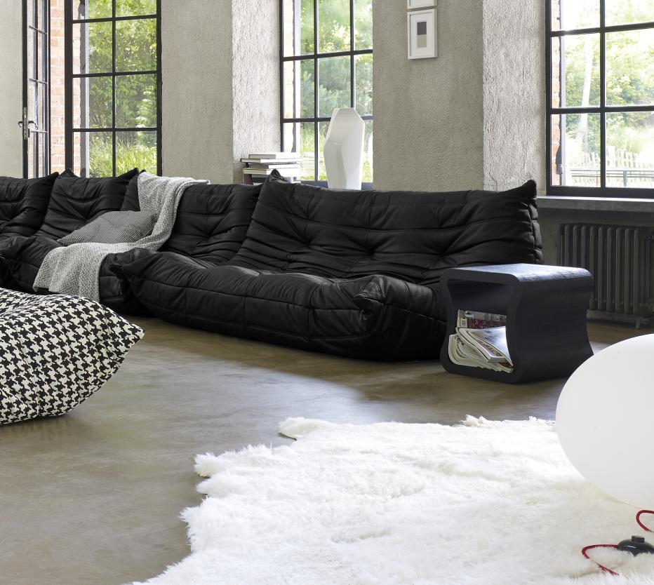 Ligne Roset Togo-sohva, One shape,sivupöytä, Globe-lattiavalaisin