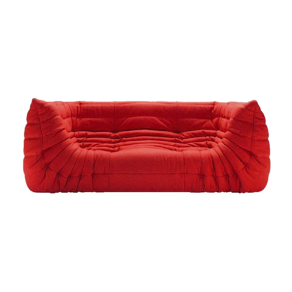 Ligne Roset Togo-sohva käsinojilla