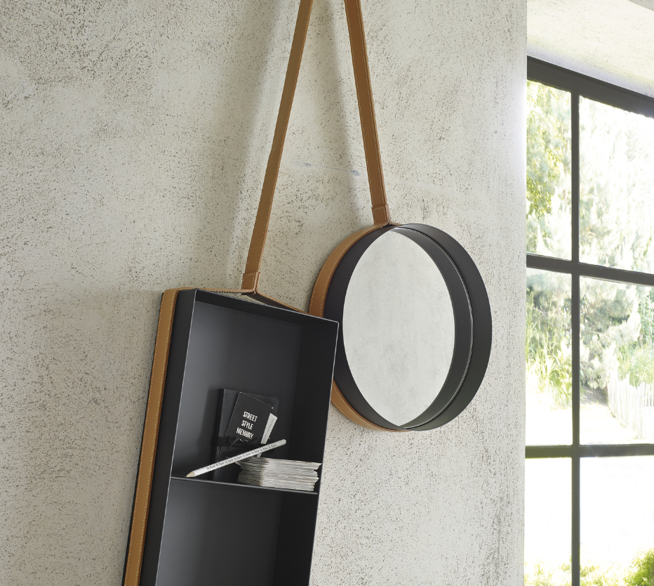 Ligne Roset Vanity shelf -peili ja hylly
