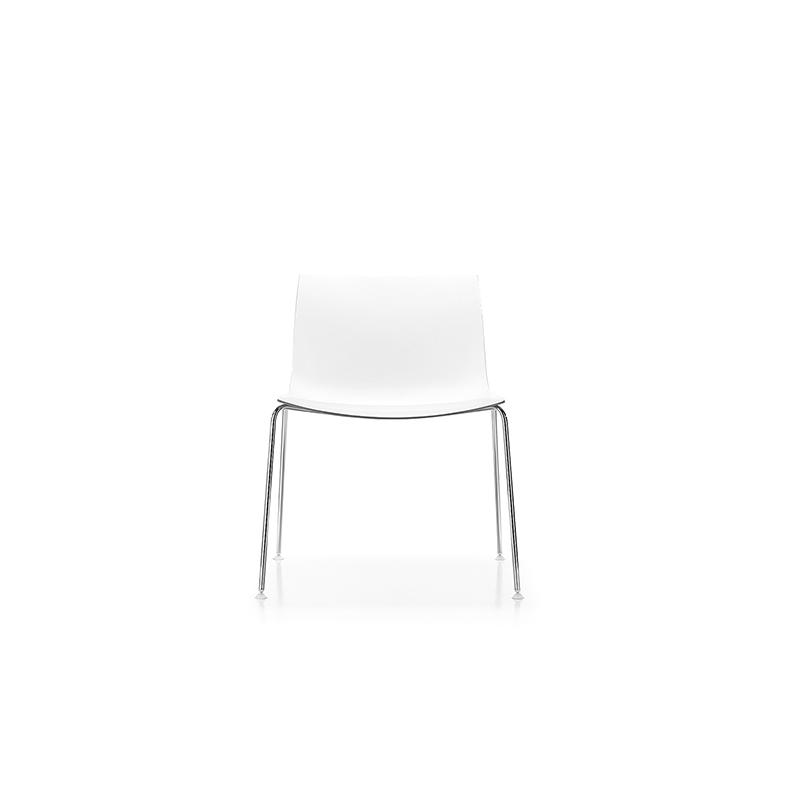 Arper Catifa 53 valkoinen tuoli