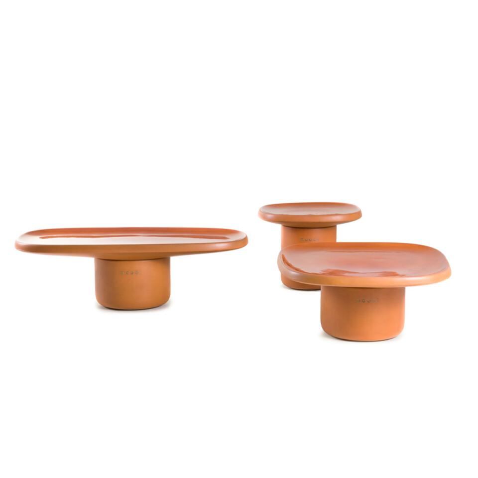 Moooi Obon sivupöydät