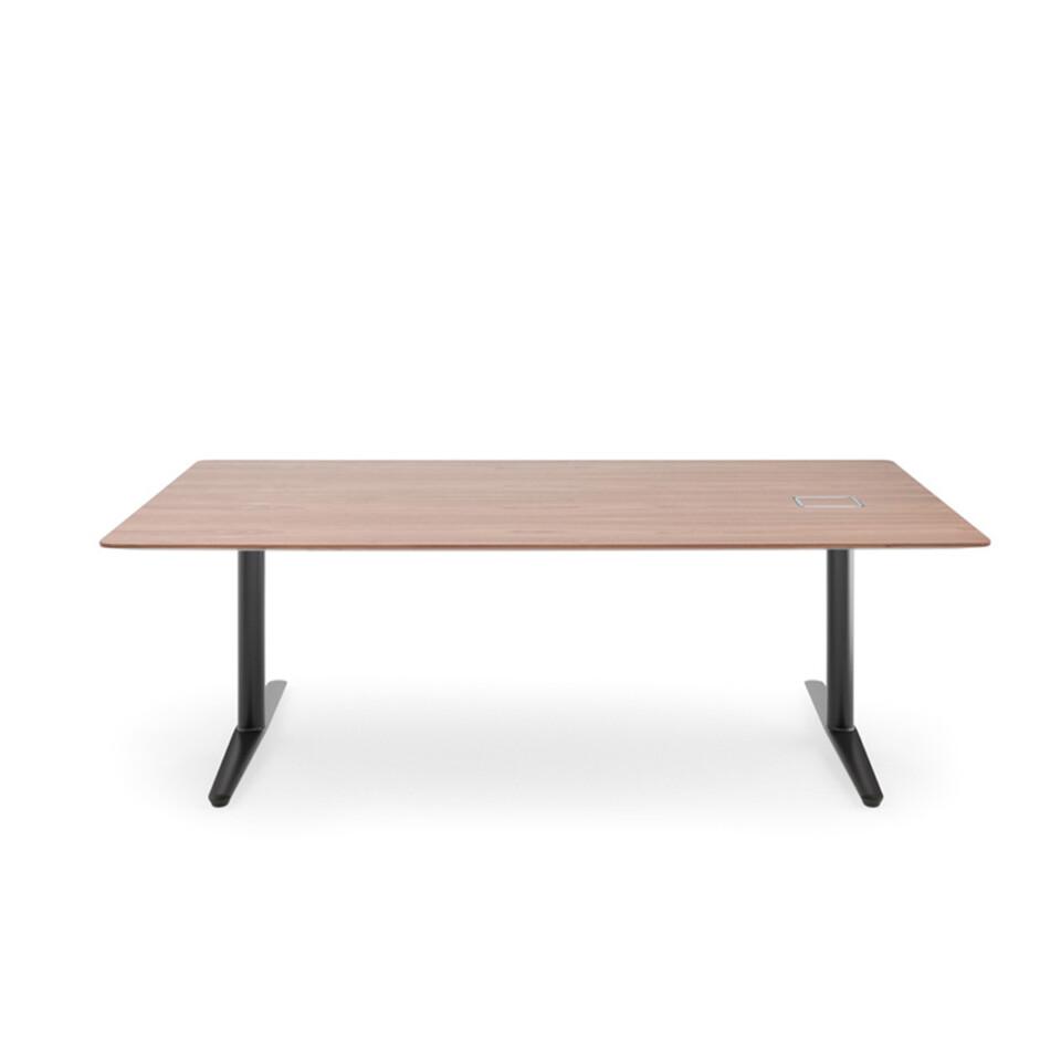 ICF Nevio työpöydät 8