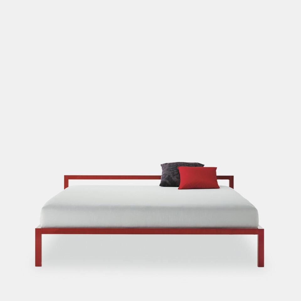 MDF Italia Aluminium Bed 1