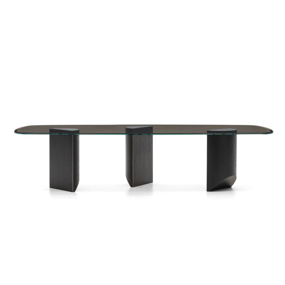 Minotti Wedge pöydät 2